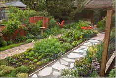 No-mow yard: 7 lawn alternatives (Rosalind Creasy Garden, Los Altos, California. Photo: Saxon Holt)