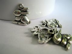 Rabbit Silver Tone Charms     (1200)