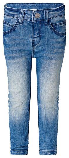 Jeans lsa    Eine coole Vintage-Jeans sollte in keinem Mädchenkleiderschrank fehlen! Wie wär's mit Noppies Slim-Fit-Jeans Isa?    Aus angenehm weichem Baumwoll-Mix in aktueller Vintage-Waschung.    Der verstellbare Bund mit praktischem Schiebeknopf sorgt für einen perfekten Sitz und optimalen Tragekomfort.    Material: 99% Baumwolle / 1% Elasthan...