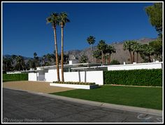 The former William Holden estate in Palm Springs, CA. Built in 1956.