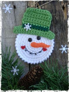 Snowman Christmas Ornament Crochet Snowman Snowmen Christmas Tree Package Tie On Gift Tag Party Favor OFG FAAP Includes 1 Ornament Crochet Christmas Decorations, Snowman Christmas Ornaments, Crochet Christmas Ornaments, Christmas Crochet Patterns, Holiday Crochet, Crochet Gifts, Christmas Crafts, White Christmas, Hat Crochet