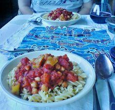 Mit dem Frühstück hat es bei mittenmank nicht so ganz geklappt, das Abendessen sieht dafür aber toll aus! http://mittenmank.wordpress.com/2012/08/22/vegan-wednesday-abendessen/