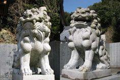KOMAINU       guardian lion-dog at Shinto shrine