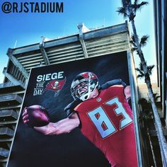 mens tampa bay buccaneers vincent jackson nike red game jersey