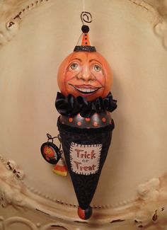 Your place to buy and sell all things handmade Paper Clay Art, Paper Mache, Vintage Halloween, Halloween Stuff, Halloween Ideas, Pumpkin Ornament, Polymer Clay Halloween, Palette Art, Thing 1