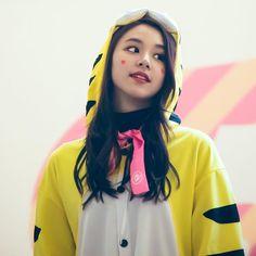 [161204 여의도 팬사인회] I'm so boreddd #chaeyoung #채영 #twice #트와이스 #PrettyRapstarChaeyoung