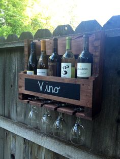 Upcycled Pallet Wine Rack www.facebook.com/IronBarkDesigns Love the addition of the chalkboard paint.
