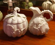 White porcelain pumpkin sugar & creamer from an English Tea Shoppe at the San Francisco Dickens Christmas Faire. I swear I can find a pumpkin almost anyywhere I go! Ha! #pumpkineverything