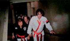 Elvis arriving at the Tennessee Karate Institute in Memphis, TN; Sept. 1974