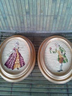 Tűgobelin középkori hölgy és úr 2 db Textiles, Decorative Plates, Urban, Home Decor, Decoration Home, Room Decor, Textile Art, Interior Decorating, Cloths