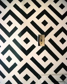 Black And White Wall Pattern Photo - A black-and-white pattern on an accent wall
