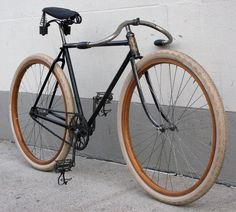 bikecult/bikeworks nyc/archive bicycles/black diamond 1907 roadster - Womens Bicycle - Ideas of Womens Bicycle - bikecult/bikeworks nyc/archive bicycles/black diamond 1907 roadster Bici Retro, Velo Retro, Velo Vintage, Retro Bicycle, Old Bicycle, Old Bikes, Vintage Bikes, Velo Design, Bicycle Design