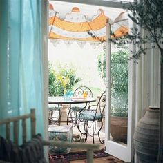 LOVE that awning!