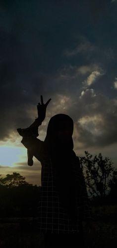 Ootd Hijab, Girl Hijab, Cute Girl Photo, Niqab, Aesthetic Photo, Girl Photos, Cute Girls, My Girl, Girly