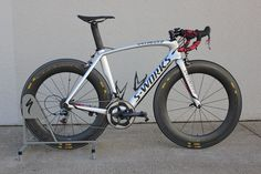 My 2013 SWorks Venge. I miss this bike! Road Bikes, Triathlon, Cycling, Motorcycles, Posters, Dreams, Vehicles, Road Bike, Cars