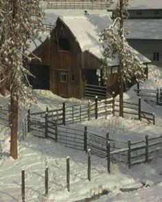 ***I truly love old barns and especially in the snow or with wild flowers all around Farm Barn, Old Farm, Country Barns, Country Life, Country Living, Country Roads, Barn Pictures, Barns Sheds, Cottage