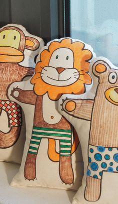 toy : Let's make a Lion  Plush Soft Toy  Hand Puppet  DIY par pukaca, $18.00