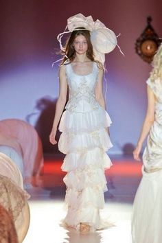 Raimon Bundó Wedding Dress