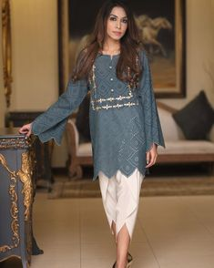 Image may contain: 1 person, standing and shoes Stylish Dresses For Girls, Stylish Dress Designs, Simple Dresses, Casual Dresses, Stylish Girl, Beautiful Dresses, Girls Dresses, Simple Pakistani Dresses, Pakistani Dress Design