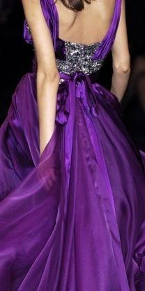 notordinaryfashion: Elie Saab Haute Couture - Detail (via TumbleOn) Mode Purple, Purple Love, All Things Purple, Shades Of Purple, Purple Dress, Deep Purple, Purple Rain, Pink, Magenta