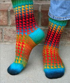 Ravelry: SeeSuzSews Triangles Socks