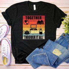 Mom Outfits, Cute Casual Outfits, Chic Outfits, Fan Shirts, Cool T Shirts, Stylish Shirts, Casual Shirts, Kindergarten Teacher Shirts, Geile T-shirts