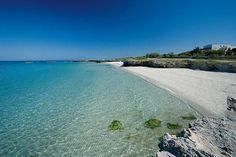   ♕   Beach of Masseria Ostuni   by © Merinda Tours   via ysvoice