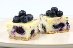 Judy in Her Natural Habitat: The Kitchen: Blueberry Cheesecake with Hazelnut Crust Blueberry Cheesecake Bars, Cheesecake Bites, Getting Hungry, I Want To Eat, Cheesecakes, Fudge, Food Porn, Favorite Recipes, Baking