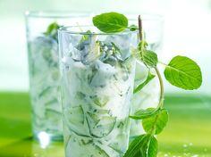 Découvrez la recette Tzatziki de concombre et pomme verte sur cuisineactuelle.fr.