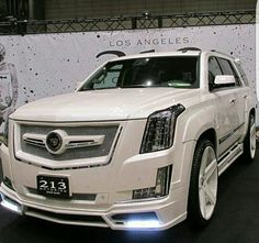 Super Ideas For Luxury Family Cars Cadillac Escalade Cadillac Escalade, Escalade Esv, Peugeot, Jaguar, Most Reliable Suv, Best Midsize Suv, Best Compact Suv, Ferrari, Porsche