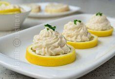 Salata de icre cu ceapa - reteta video Mashed Potatoes, Appetizers, Pudding, Ethnic Recipes, Desserts, Food, Decor, Kitchens, Essen
