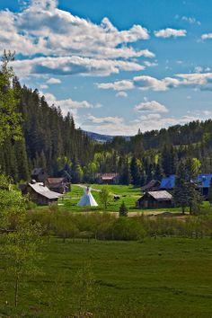Honeymoon spot:  Hot Springs - Colorado.