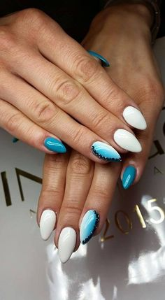 by Paulina Junger, Follow us on Pinterest. Find more inspiration at www.indigo-nails.com #nailart #nails #indigo #ombre #blue