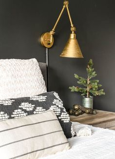 Get your bedroom ready for the holidays with beautiful and affordable rustic luxe decor! Get your bedroom ready for the holidays with beautiful and affordable rustic luxe decor! Best Bedroom Colors, Bedroom Color Schemes, Next Bedroom, Bedroom Decor, Bedroom Ideas, Bedroom Designs, Master Bedroom, Walmart Home, Diana