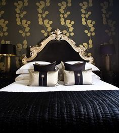 black gold luxury bedroom_but imagine the leaves pattern in mauve burgundy