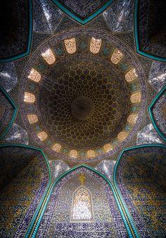 Sheikh Lotfallah Mosque, Isfahan, Iran. Photo credit: Mohammad Domiri
