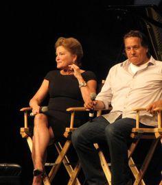 Kate Mulgrew and Robert Beltran Star Trek Cast, Star Trek Voyager, Great Love Stories, Love Story, Robert Beltran, Captain Janeway, Cast Images, Kate Mulgrew, Love To Meet