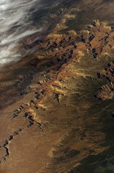 Beautiful views of the Grand Canyon from space, taken by Astronaut Don Pettit.