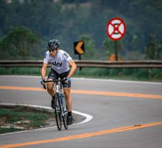 Cycling alone is the perfect opportunity for you to destress and master your cycling skills. But before you head out the door, there are a few vital tips you need to know about cycling alone.
