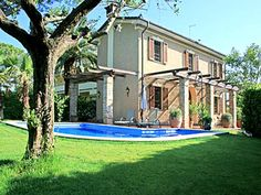 Lucca, Tuscany, Living Area, Family Holiday, Mansions, Vacation Rentals, House Styles, Villas, Beach