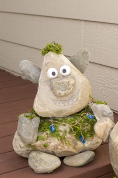 A Troll from Frozen--cool decoration idea! #HalloweenDecorations #Frozen #Halloween