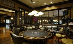 Huge multi-room game area with leather sofas card table arcade games Tvs - Aufenthaltsraum Casino Room, Casino Hotel, Casino Night, Casino Party, Casino Games, Game Room Decor, Game Rooms, Decor Inspiration, Table Cards