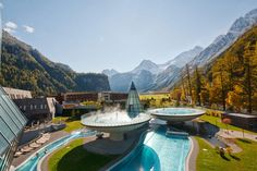Located in Oberlngenfeld, Austria, the Aqua Dome is an impressive contemporary spa and retreat found at the foothills of the area's scenic mountains. Spa Design, Aqua, Hotels And Resorts, Best Hotels, Places Around The World, Around The Worlds, Great Places, Beautiful Places, Thermal Hotel