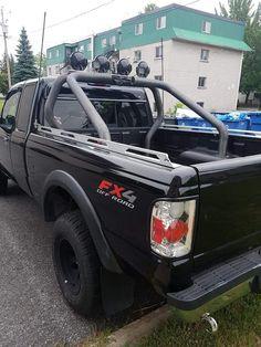 Ranger with rollbars Ford Ranger Lifted, Ranger 4x4, Ford Ranger Truck, Toyota Trucks, 4x4 Trucks, Lifted Trucks, Ford Trucks, Ford Sport, Classic Pickup Trucks