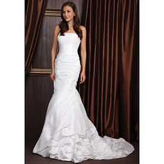 Lanting Trumpet/Mermaid Petite / Plus Sizes Wedding Dress - Ivory Court Train Strapless Taffeta – USD $ 149.99