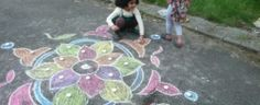 Diwali Craft - Traditional Indian Rangoli – Crafts for Kids Diwali Games, Diwali Activities, Diwali Craft, Activities For Kids, Fun Games For Kids, Art For Kids, India For Kids, Around The World Theme, India Crafts