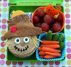 Scarecrow Autumn Lunch.... why doesn't my mom pack me lunches anymore???