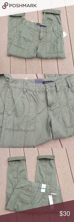 Calvin Klein Capris   NWT NWT   Cute Calvin Klein Capris. Capris are an olive color. In excellent condition and never worn. No flaws or rips.   Comes from a smoke-free home. Calvin Klein Jeans Pants Capris