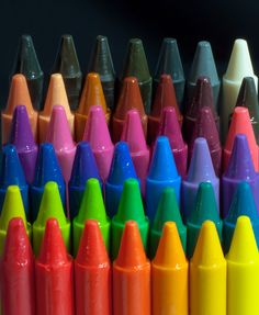 Crayolas.