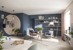 In the living room, an association of colors completes the decor! - Decoration For Home Mid Century Modern Living Room, Living Room Modern, Home And Living, Living Room Decor, Living Rooms, Home Room Design, Living Room Designs, House Design, Bedroom Wall